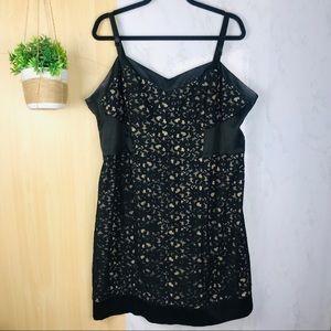 Torrid | bodycon lace floral dress